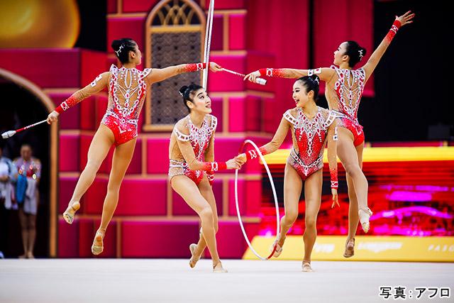 新体操 写真:アフロ
