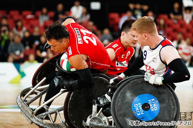 パラリンピック 車いすラグビー(池透暢)写真:SportsPressJP/アフロ